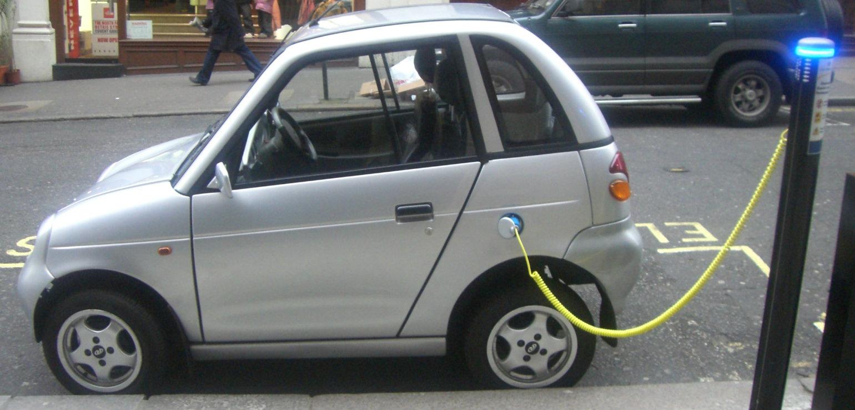Trzy samochody elektryczne załapią się na rządowe dopłaty